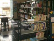 Sala de lectura de la Biblioteca Pública María Villar Buceta de Centro Habana